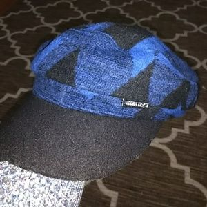 Blue Geo Shape Breton Cap